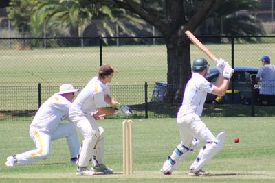 Our 1st Grade boys owe the rest of the club a keg after having their 216 from week chased down by Wallsend DCC (9/233) on Saturday. Lachy Taylor put up figures of 4/24 to be the side's best contributor, and debutant Hamish MacQueen took his first wicket in the top grade to cap off a strong debut.